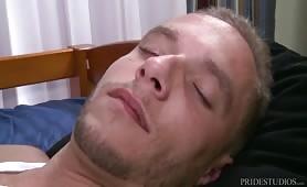 Gangbang oral direct au réveil