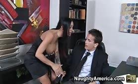 Video x entre la secretaire et le directeur