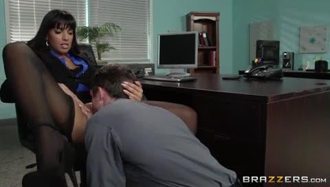 sexe de pute il baise sa directrice